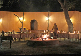 Dinner in African style in the Kruger Park